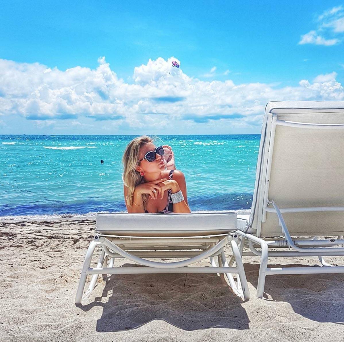 Dia lindo e ensolarado no mês de junho em Miami Beach
