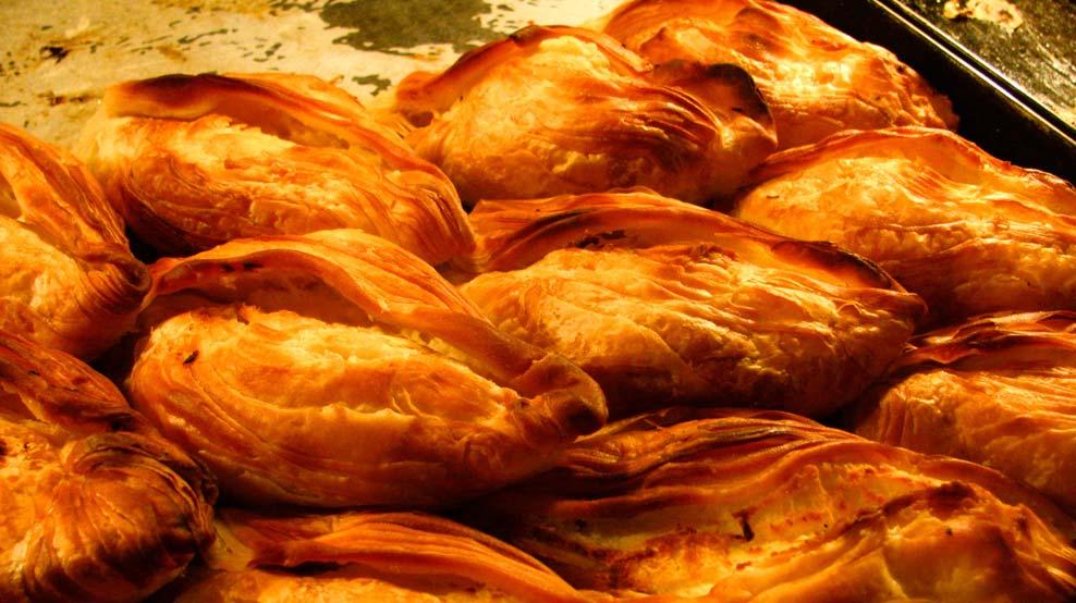 Tradicional Pastizzi de Malta, do High Street Cafe - Sliema | foto: divulgação