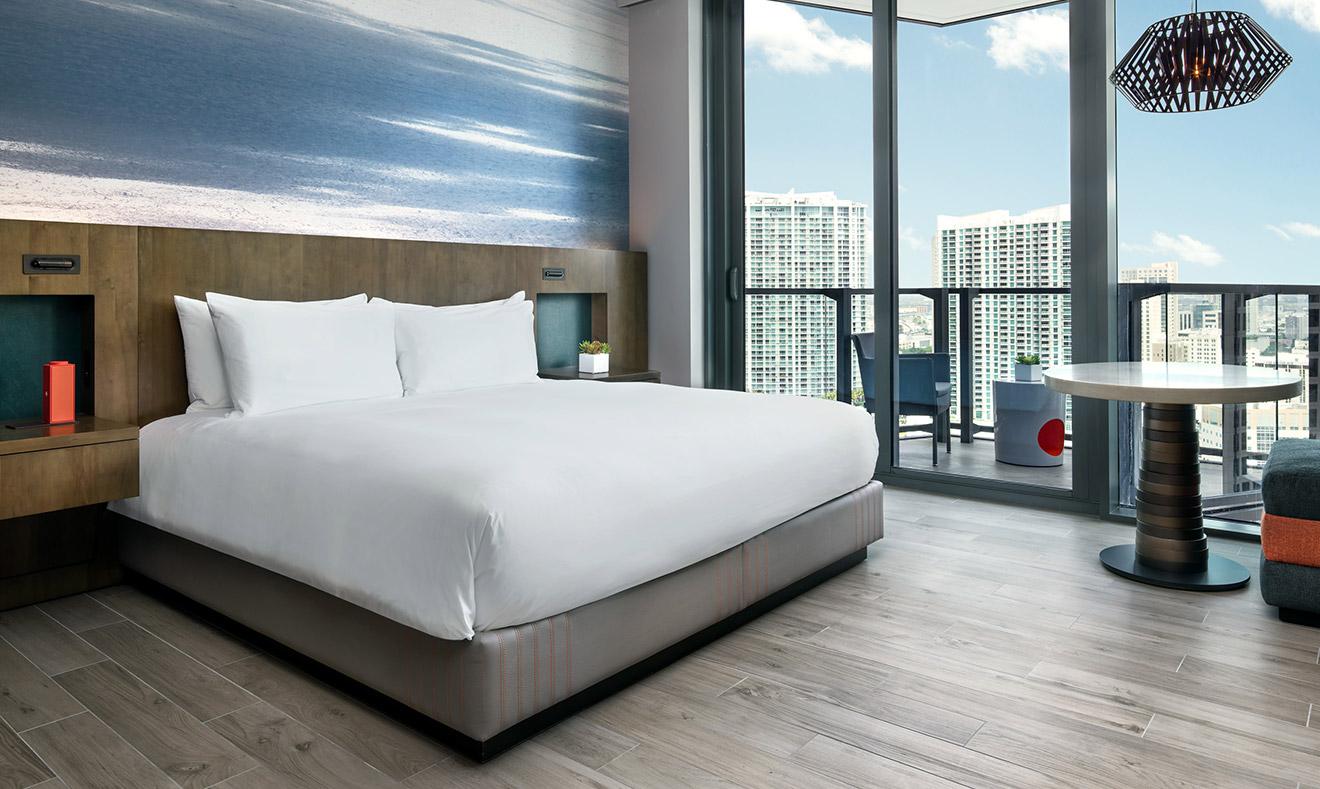 Quarto no hotel EAST Miami | foto: divulgação