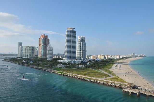 South Pointe Park, no extremo sul de Miami Beach | photo by Alan PARKER para Flickr (CC)