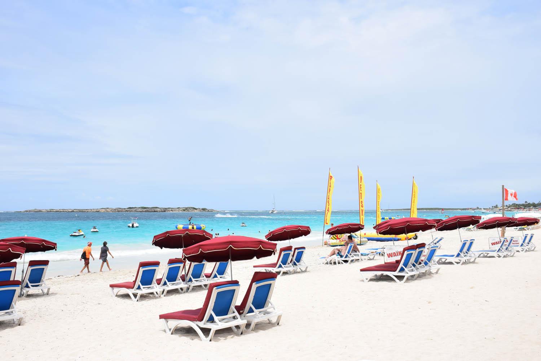 Espreguiçadeiras do Waikiki Beach em Orient Bay