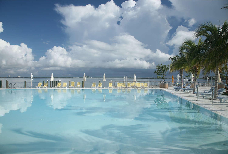 Piscina do The Standard Hotel and Spa em Miami Beach | foto: divulgação
