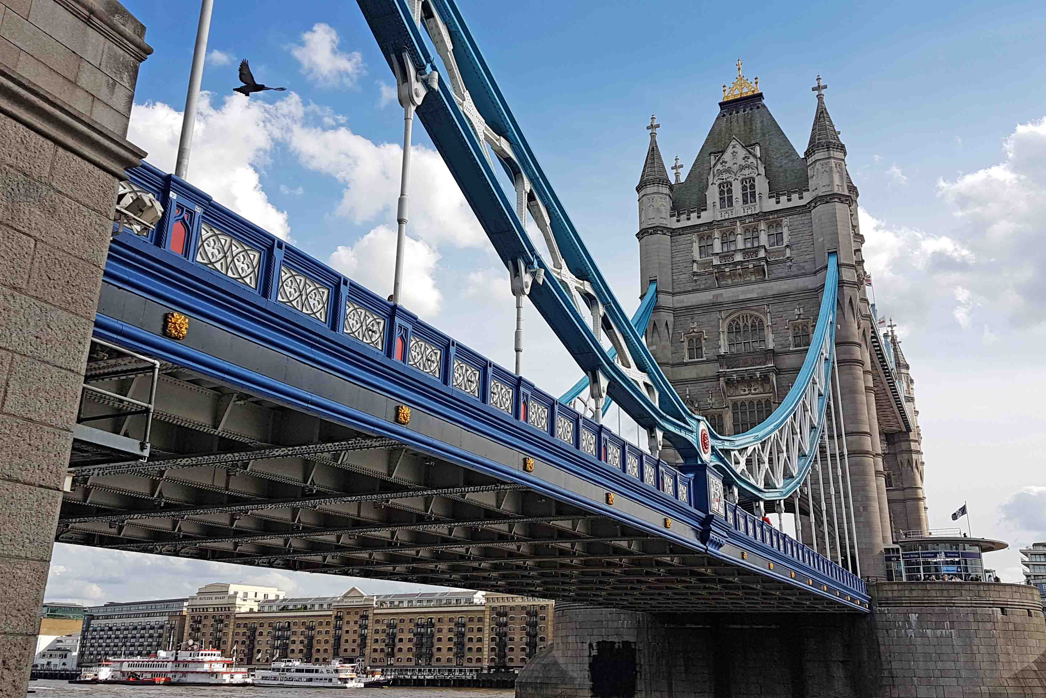 Tower Bridge de pertinho | Londres