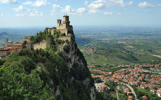 Guaita Tower em San Marino | créditos foto: Vladimir Varfolomeev (Flickr - CC)