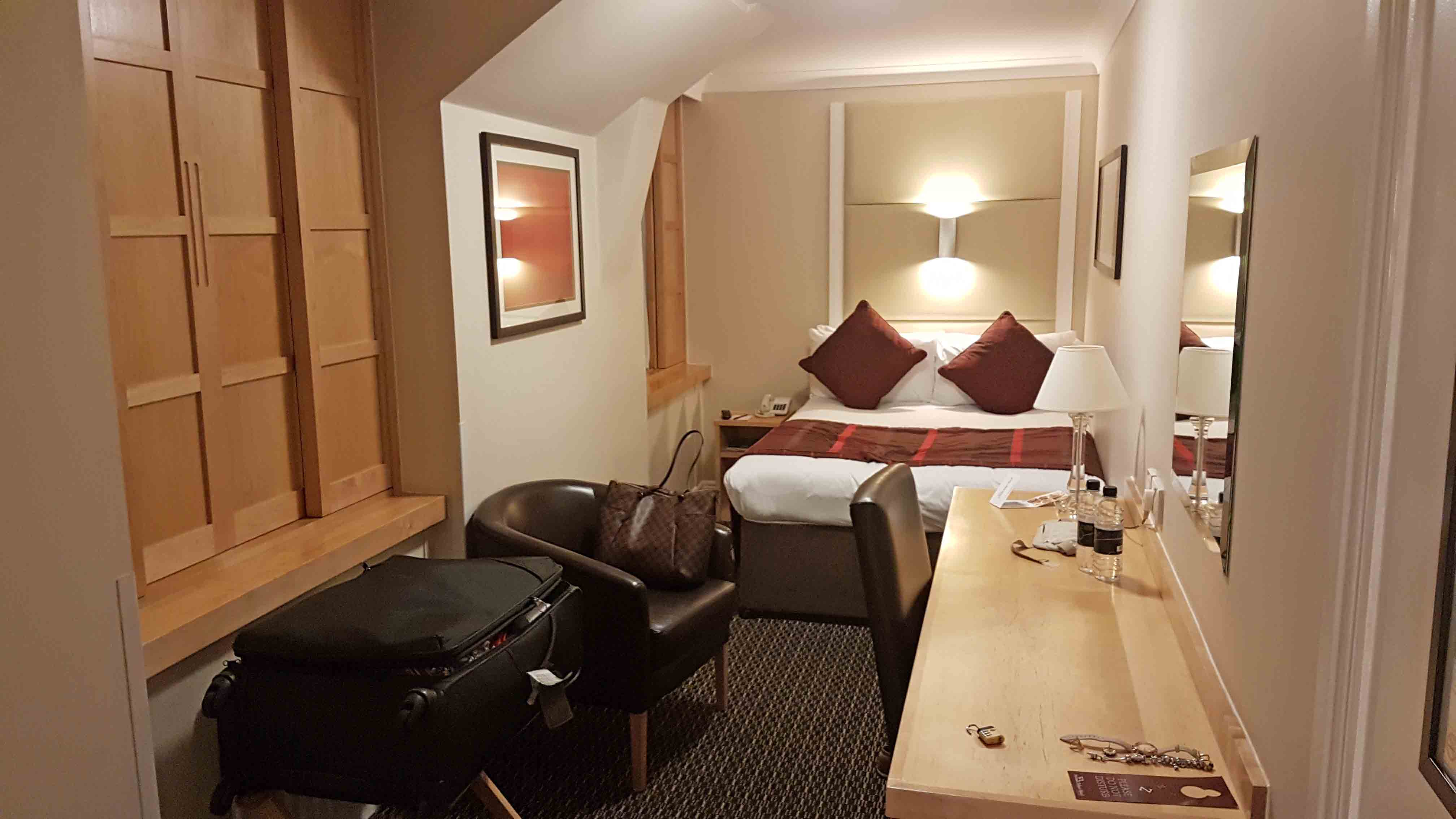 Cozy double room - Strand Palace Hotel - Londres