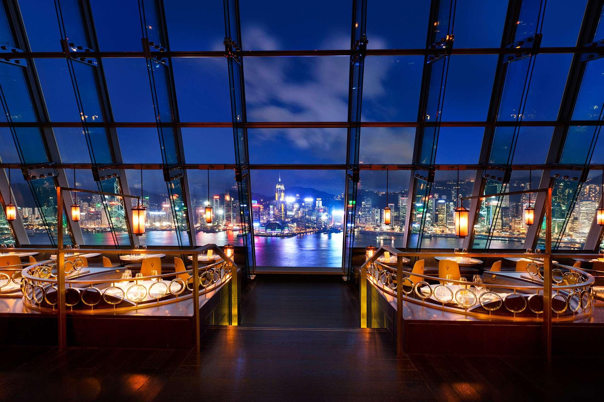 Aqua - bar e restaurante japonês & italiano em Hong Kong, com super vista | foto: divulgação