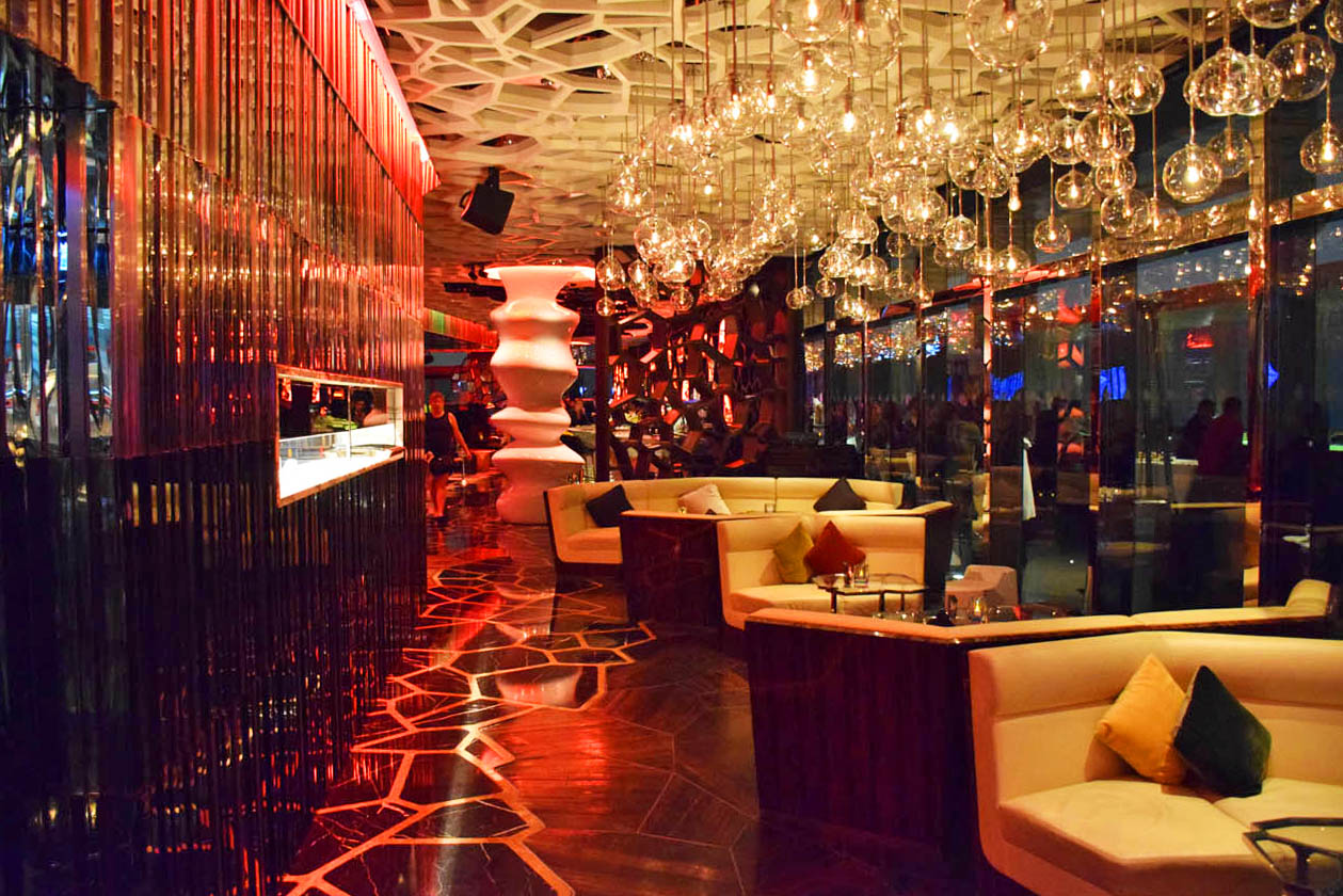 Bar OZONE, no Ritz-Carlton Hong Kong - o bar mais alto do mundo!