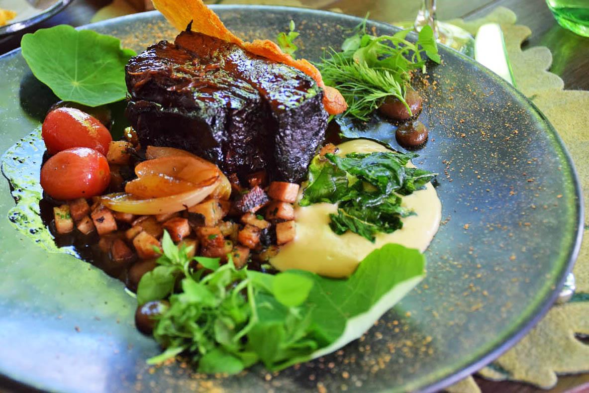 Cordeiro (meu prato) - Restaurante Pierneef - Vinícola La Motte - Franschhoek | Créditos: Lala Rebelo
