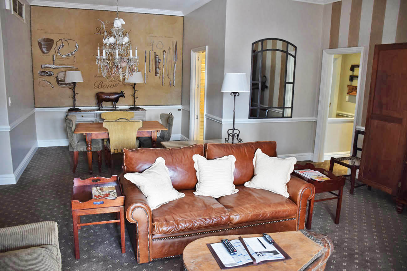 2-Bedroom Suite - Sala | Cape Grace Hotel, Cape Town