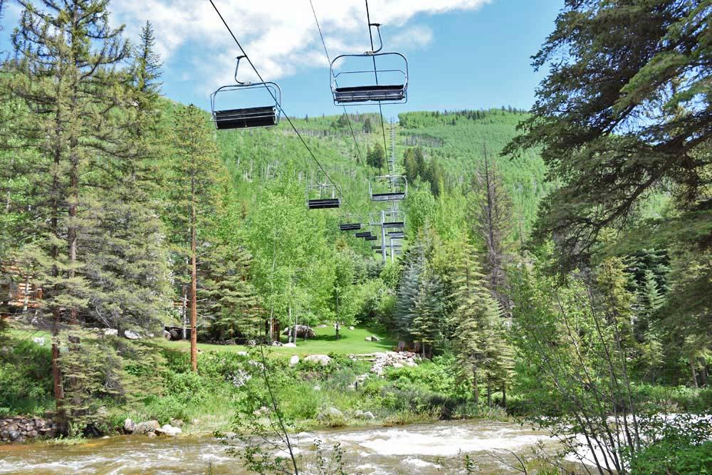 O lift que sai do próprio hotel... Direto para o esqui! | Vail Cascade Hotel