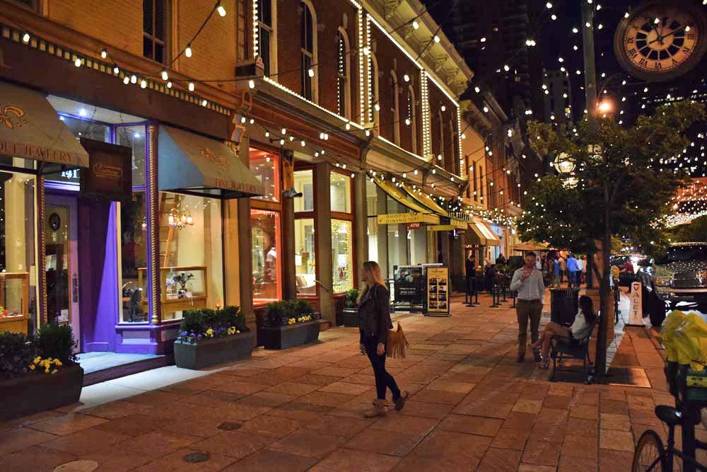 Arredores da 16th Street Mal - Denver Downtown