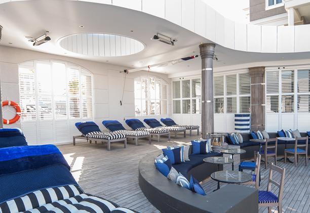 Área da piscina do Cape Grace Hotel, Cape Town | créditos: divulgação