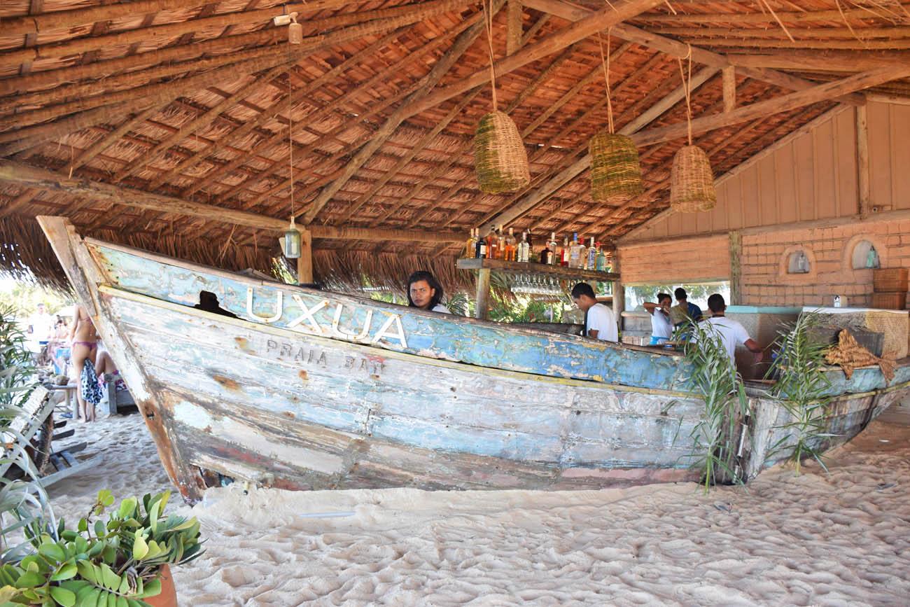 UXUA Praia Bar - Praia Barra do Rio Trancoso | Créditos: Lala Rebelo
