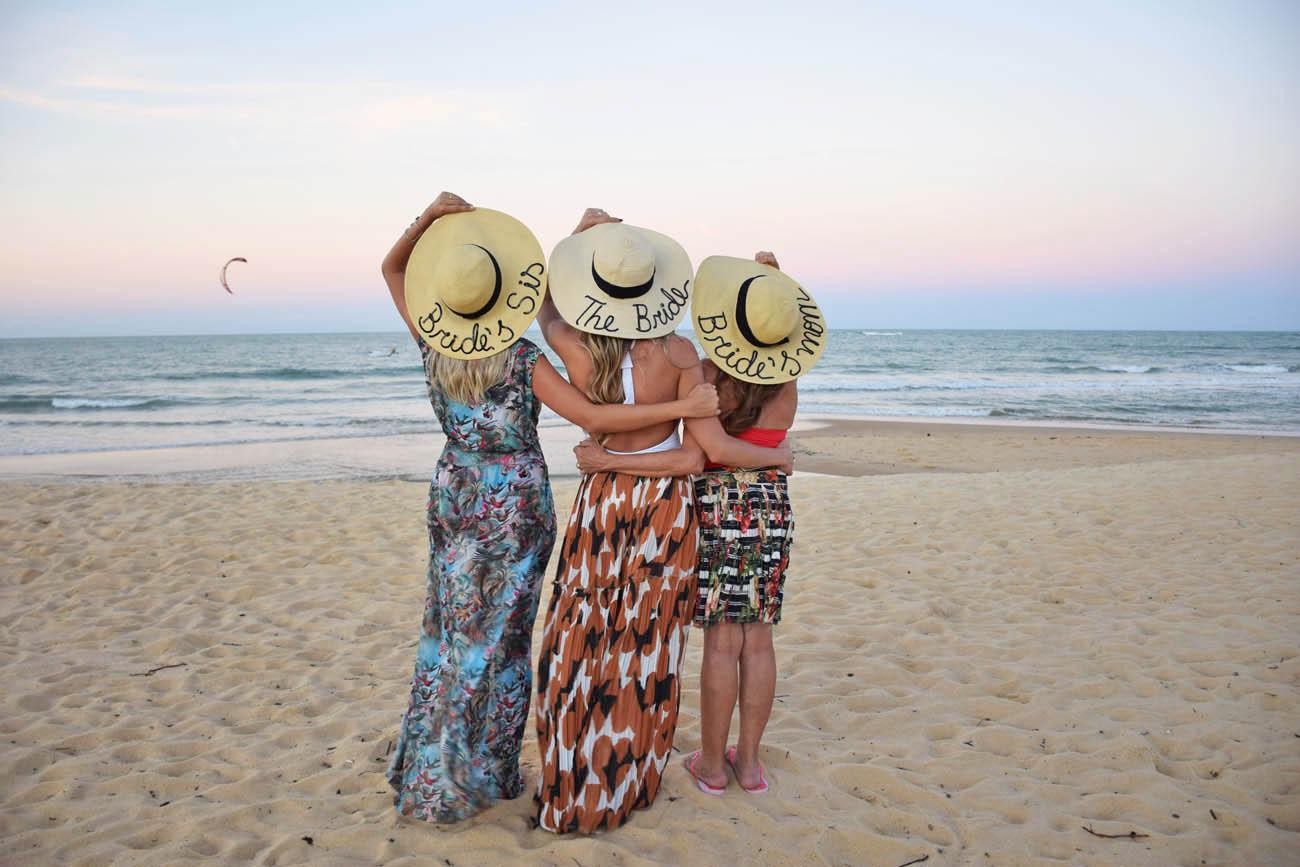 As mulheres Rebelo :) Na Praia dos Nativos!! | Créditos: Lala Rebelo