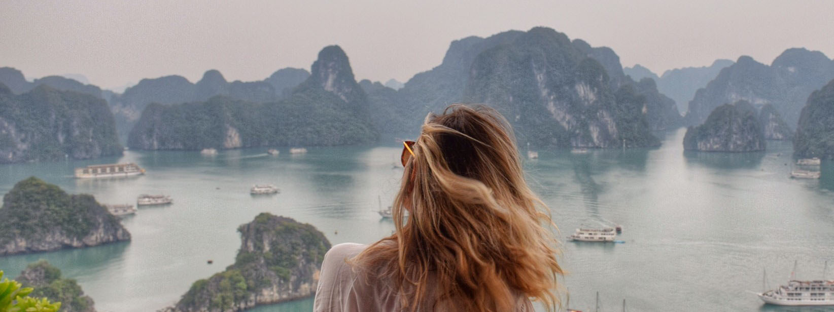 Halong Bay, no norte do Vietnã | Créditos: Lala Rebelo