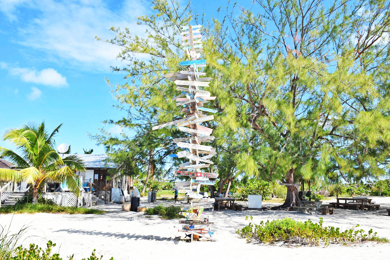 Chat 'n' Chill Beach Bar - Stocking Island - Exuma - Bahamas