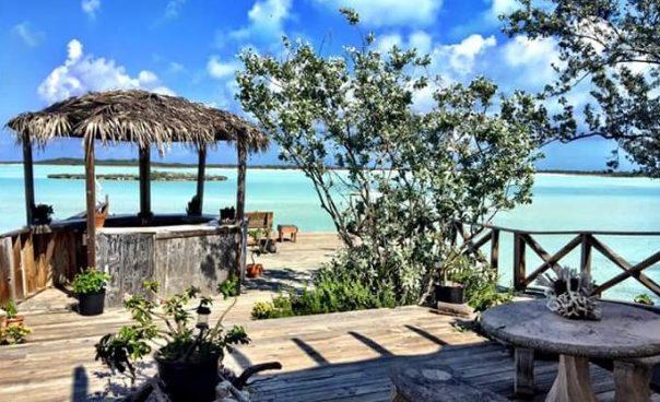Haulover Bay Bar e Grill - Great Exuma - Bahamas | Créditos: divulgação