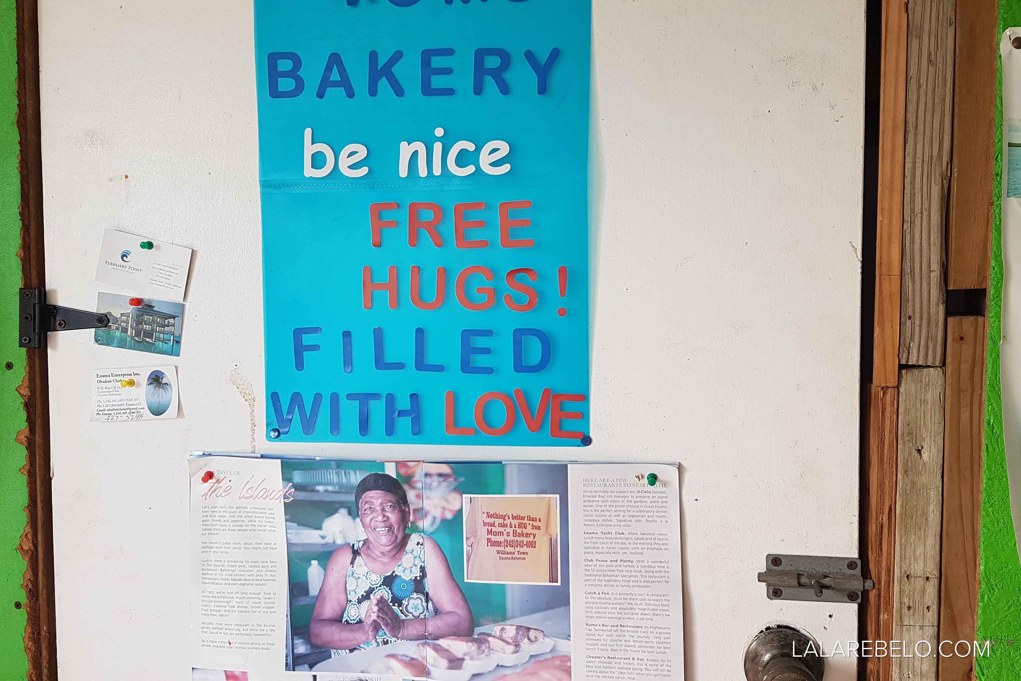 Mom's Bakery ao lado do Santanna's - Little Exuma - Bahamas