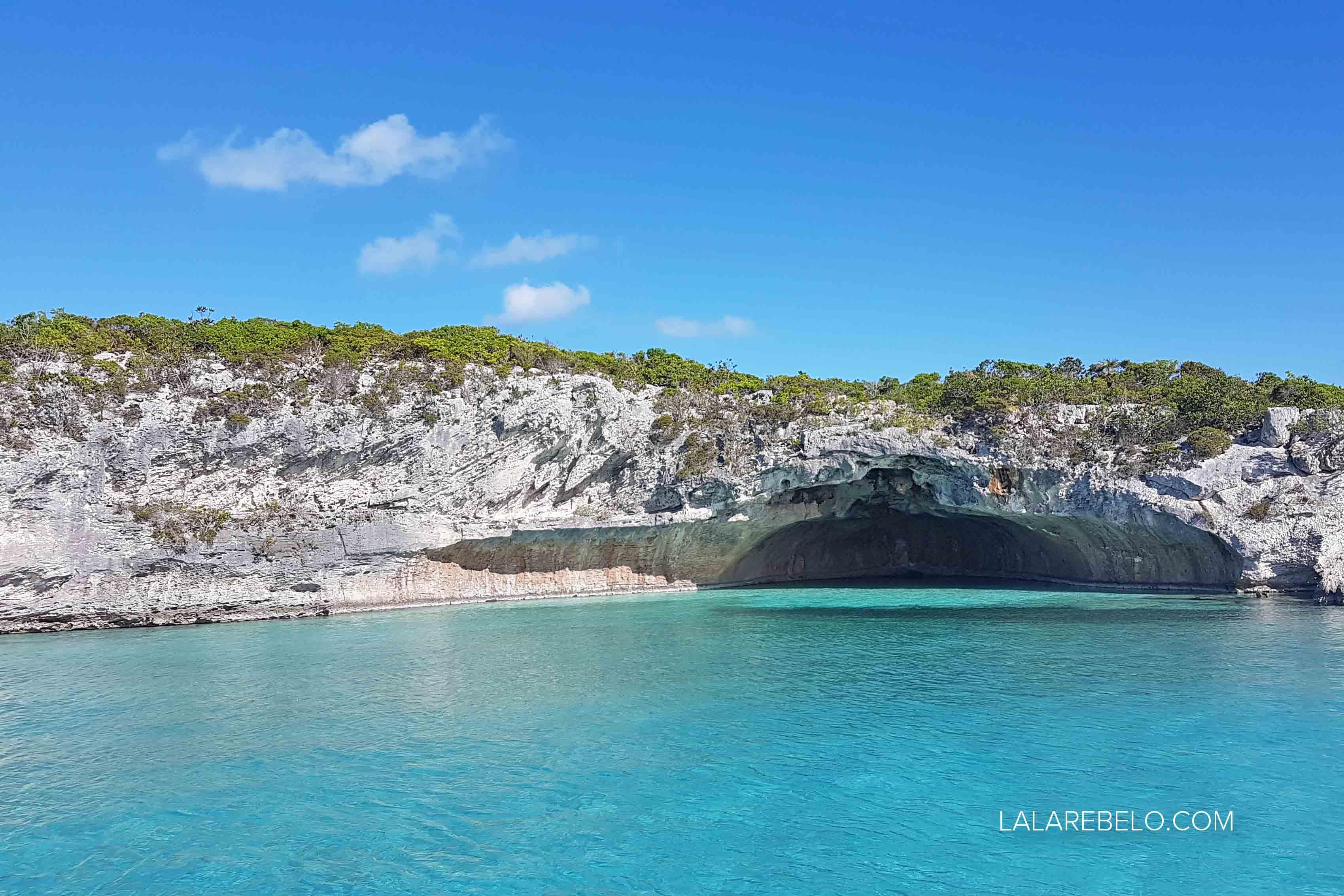 Caverna em Musha Cay | Passeio de barco por Exuma Cays