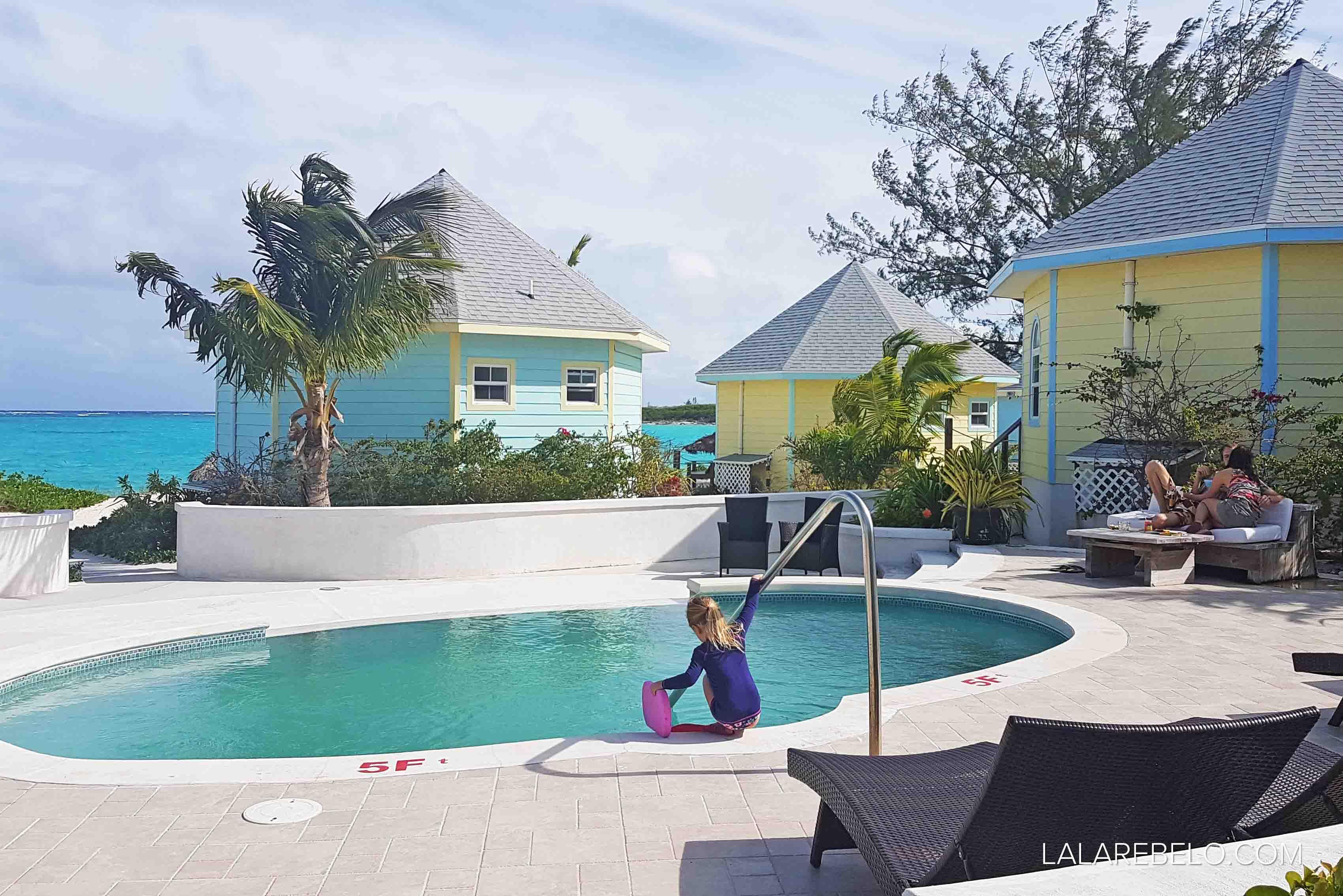Piscina do hotel Paradise Bay em Great Exuma, Bahamas