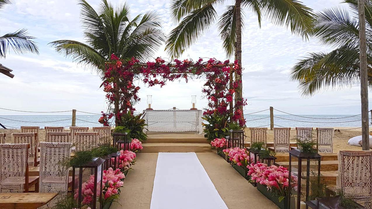 Casamento na Praia dos Coqueiros, Trancoso | Café de La Musique #giemarciotrancoso