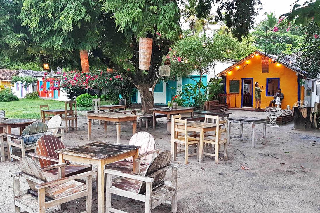 Restaurantes charmosos no Quadrado de Trancoso | Créditos: Lala Rebelo