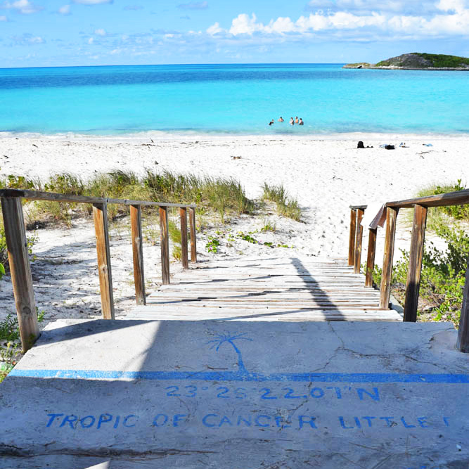 Local que passa o Trópico de Câncer - Little Exuma - Bahamas