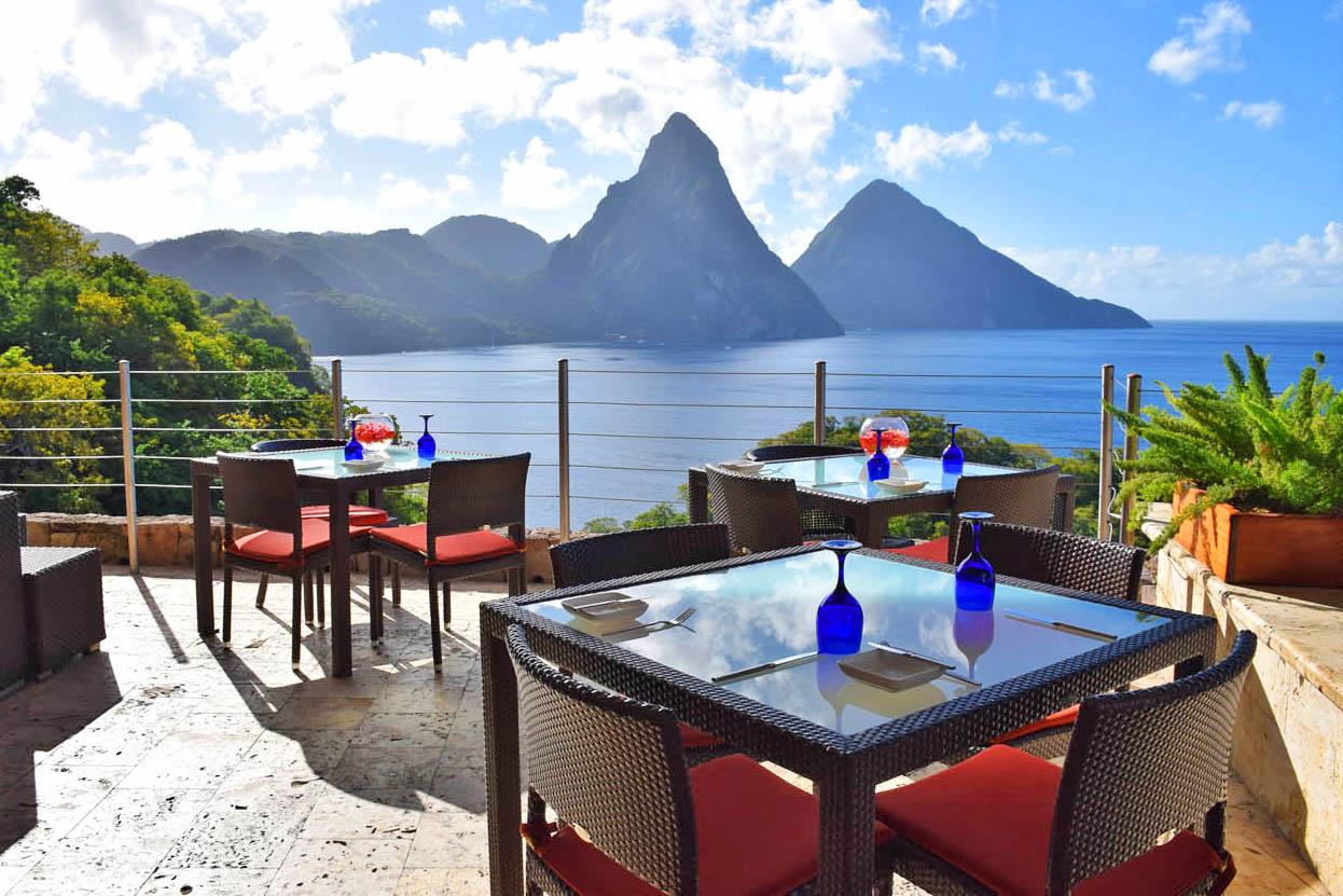 Visual do Restaurante Jade Mountain Club, em St Lucia | foto: Lala Rebelo