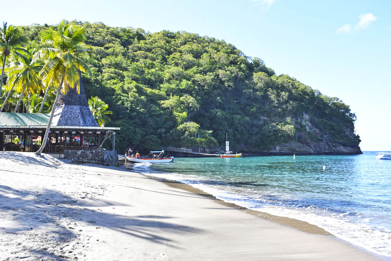 Praia Anse Chastanet - com serviço de praia para hóspedes do Jade Mountain | foto: Lala Rebelo
