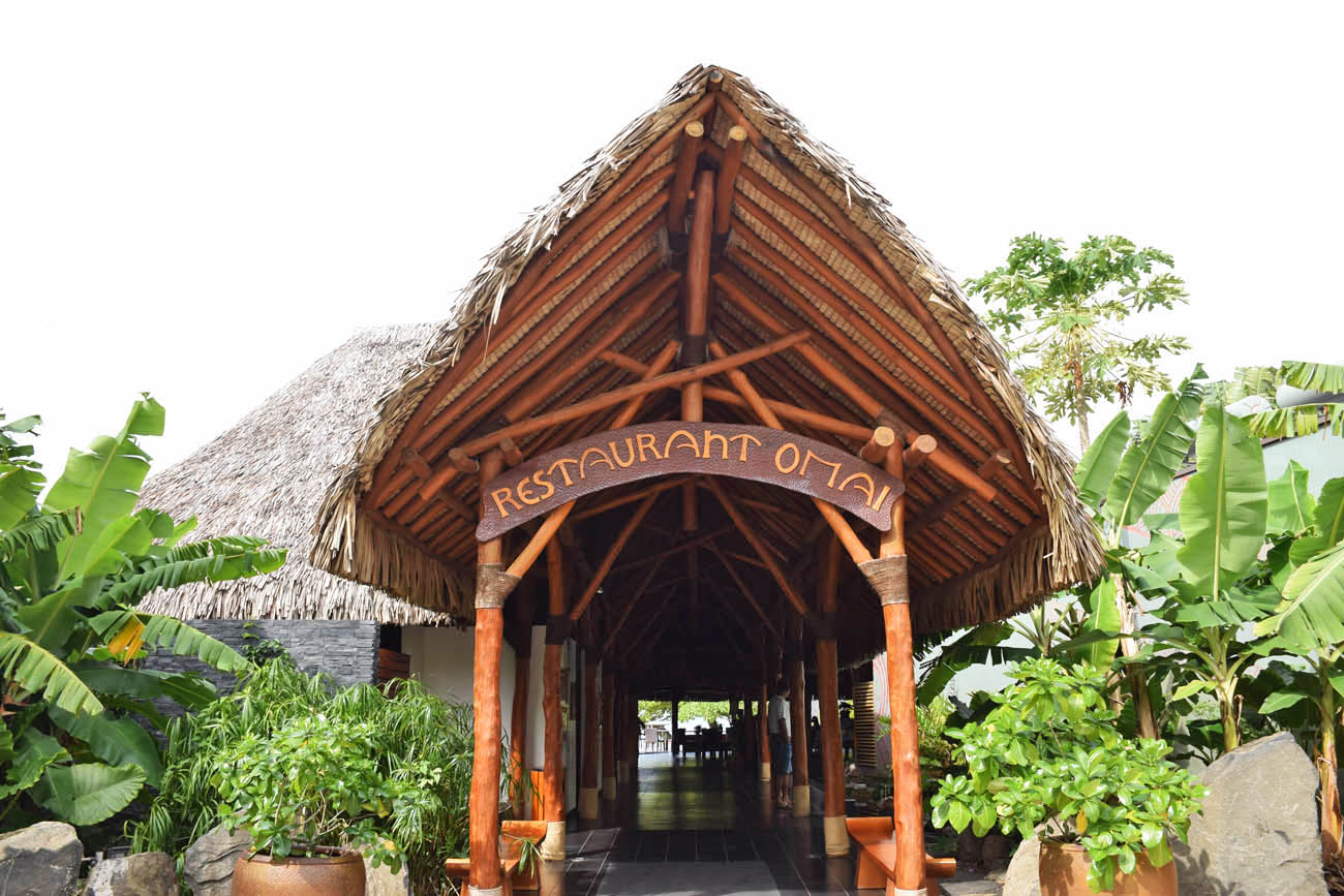 Restaurante OMAI no Hotel Maitai Lapita Village, Huahine | foto: Lala Rebelo
