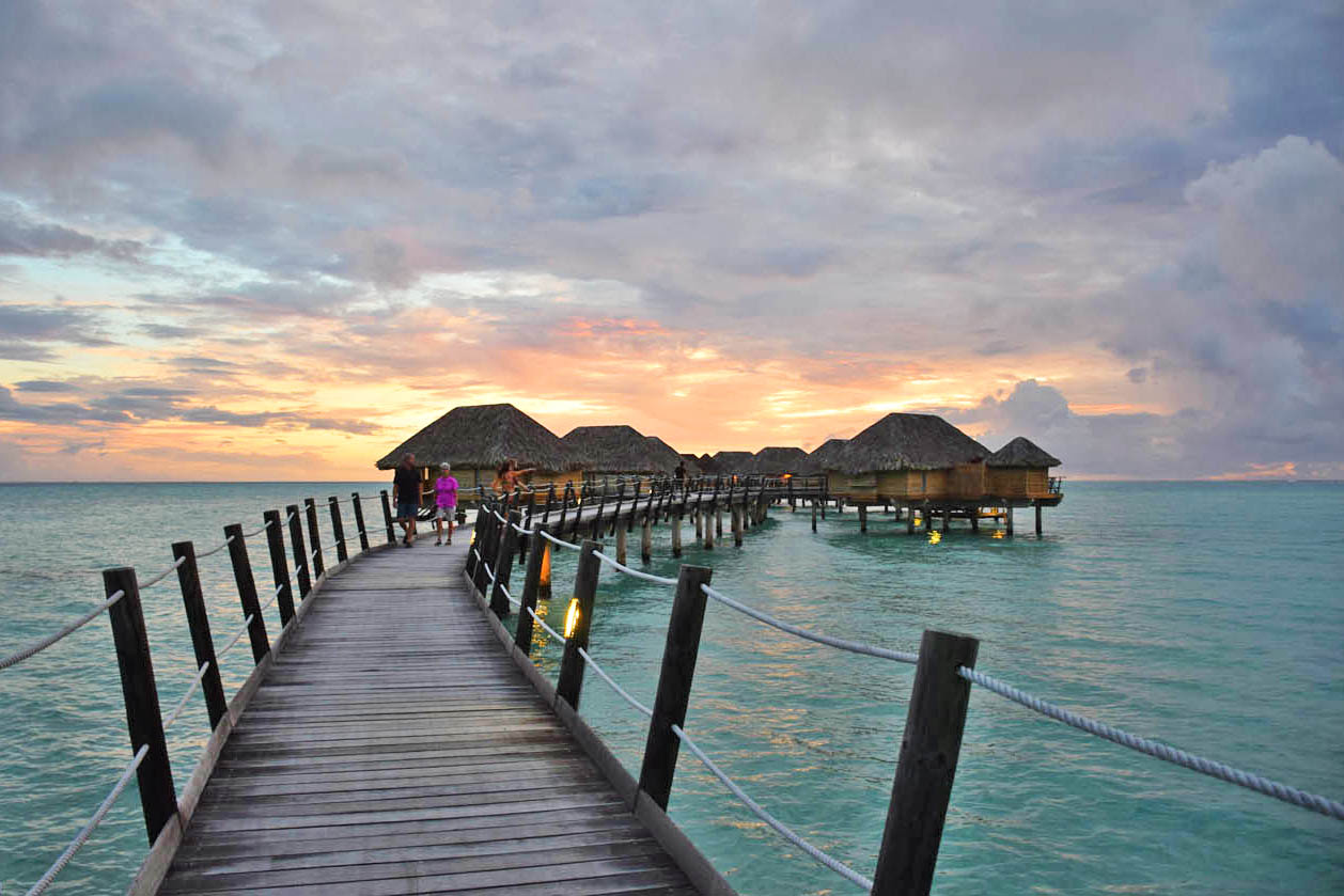 Overwater Suites (Bungalows) do Le Taha'a Island Resort | foto: Lala Rebelo