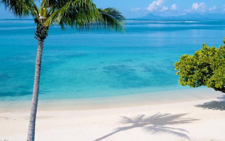 Praia em que está o hotel Maitai Lapita Village, em Huahine | foto: divulgação
