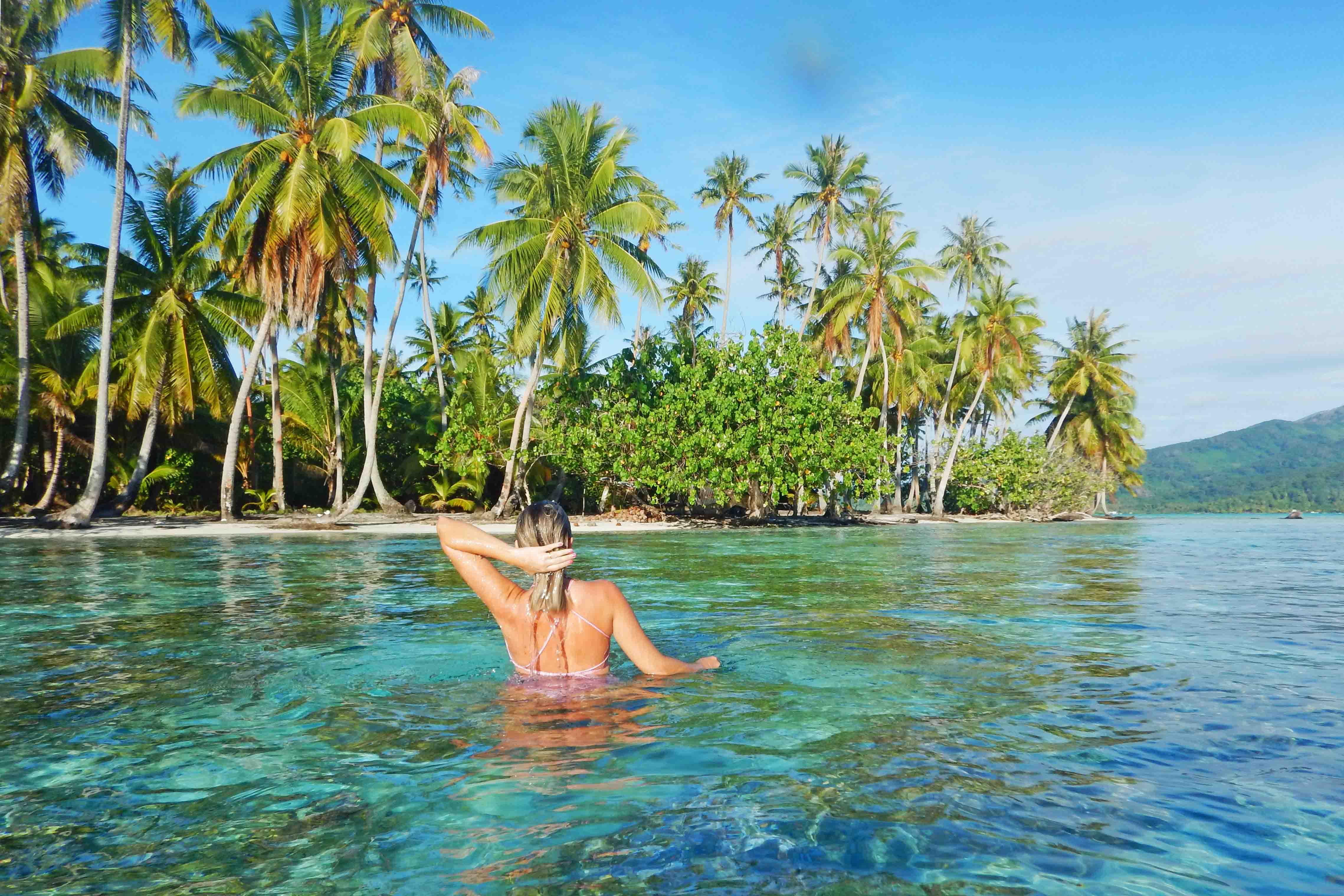 snorkel-le-tahaa-island-french-polynesia-tahiti