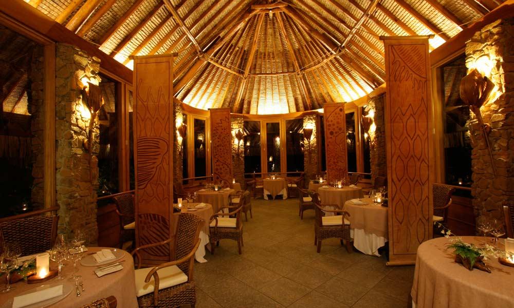 Restaurante Ohiri, no Le Taha'a Island Resort | foto: divulgação