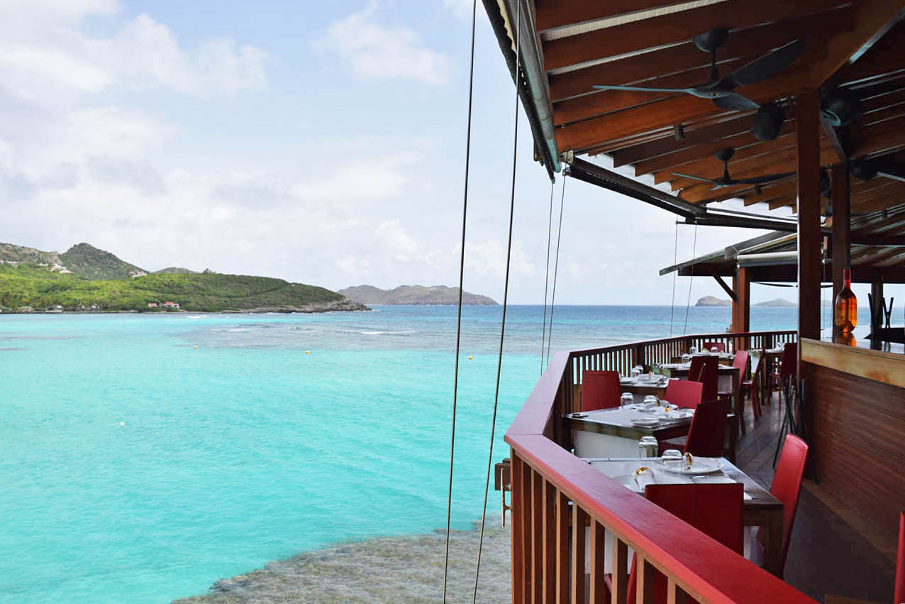 Restaurante On The Rocks, do Hotel Eden Rock St Barth, na Baie de St Jean | foto: Lala Rebelo