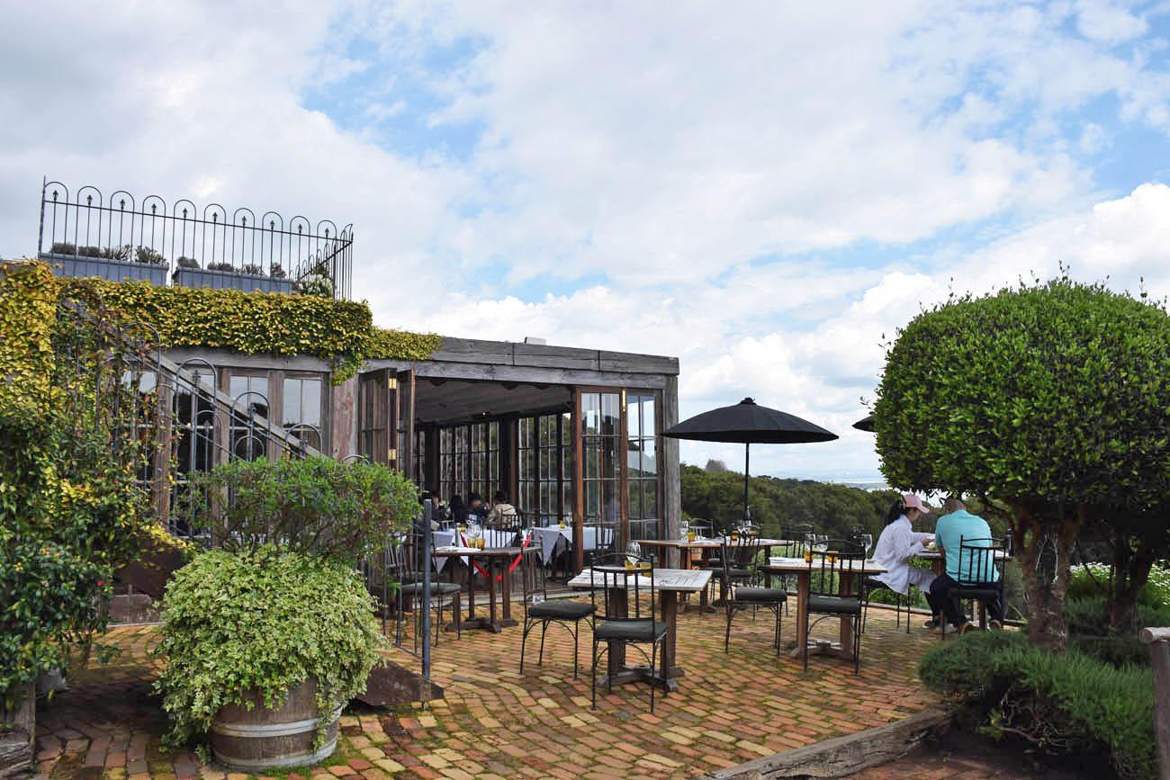 mudbrick restaurant waiheke island