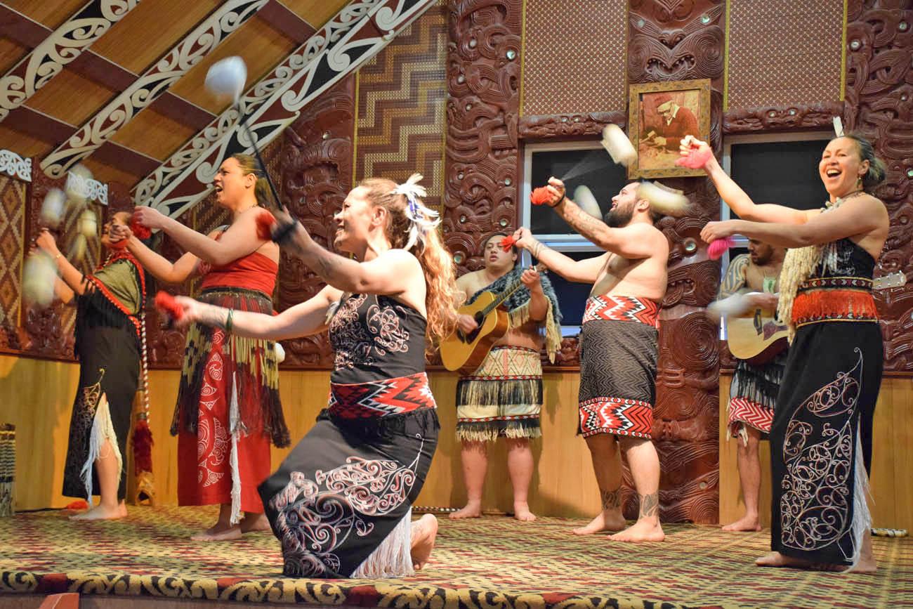 maori culture te puia rotorua new zealand