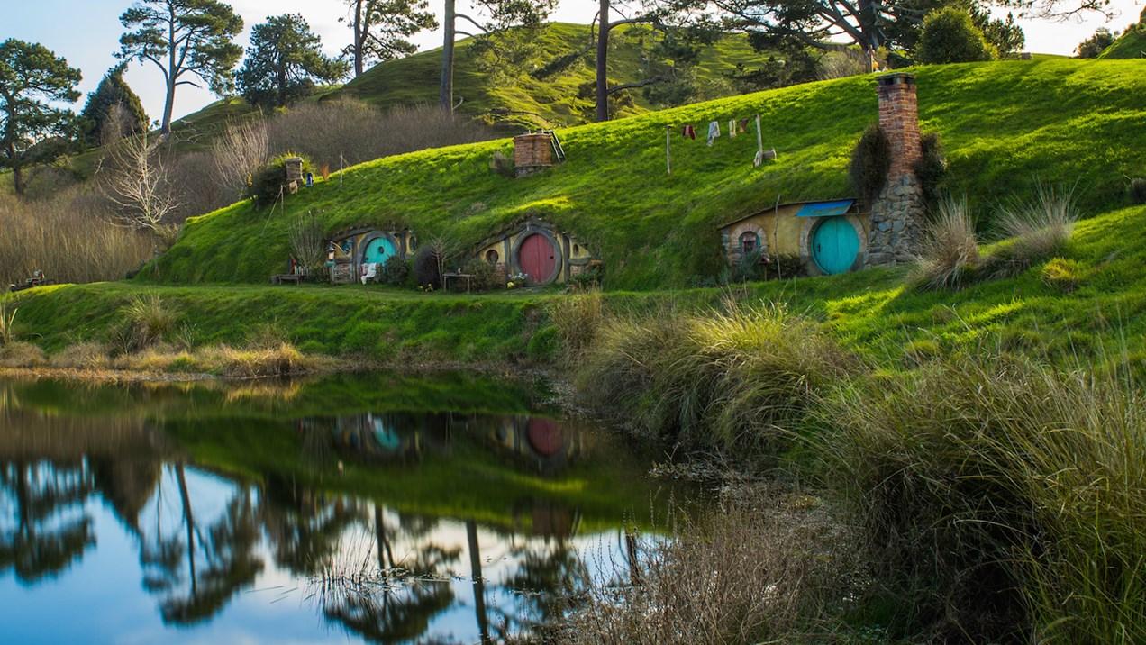 hobbiton movie set new zealand