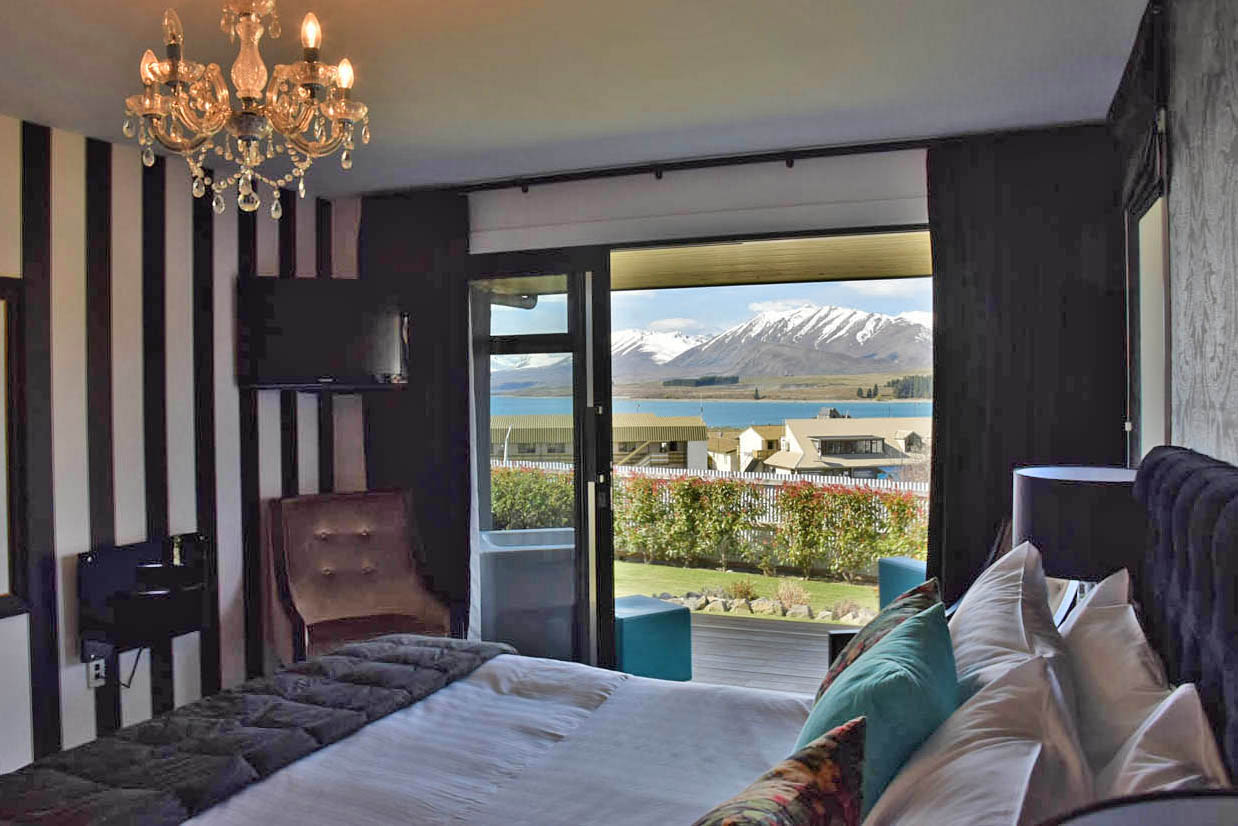 LAKE TEKAPO LODGE NEW ZEALAND