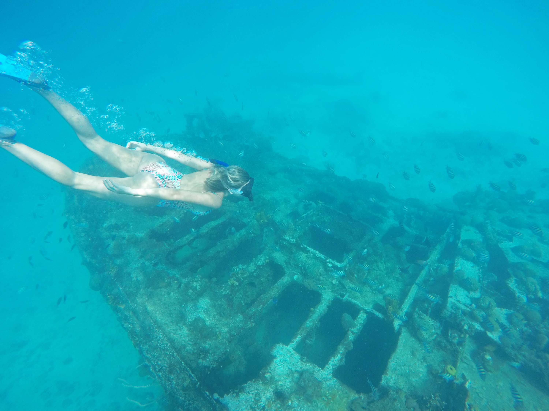 barbados blue - snorkel shipwreck