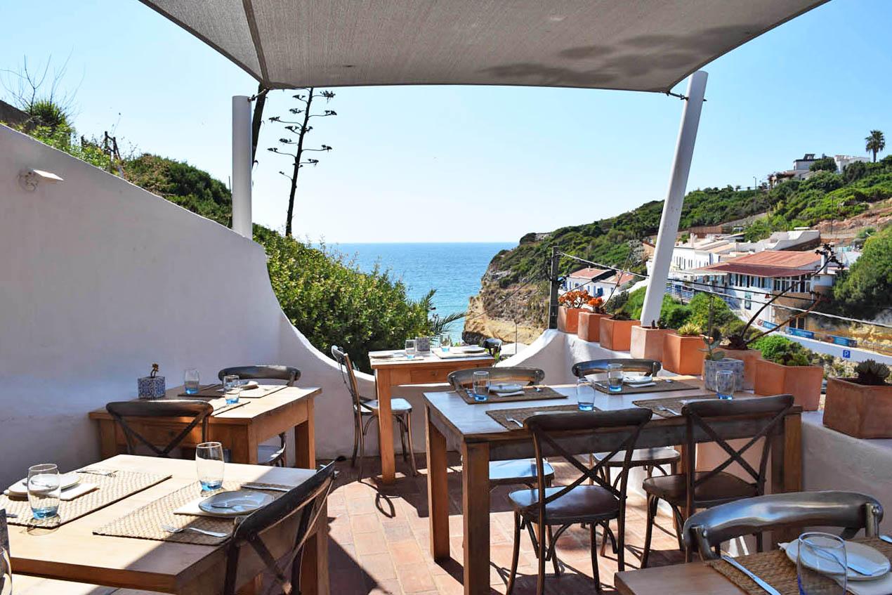 restaurante o pescador de benagil algarve portugal