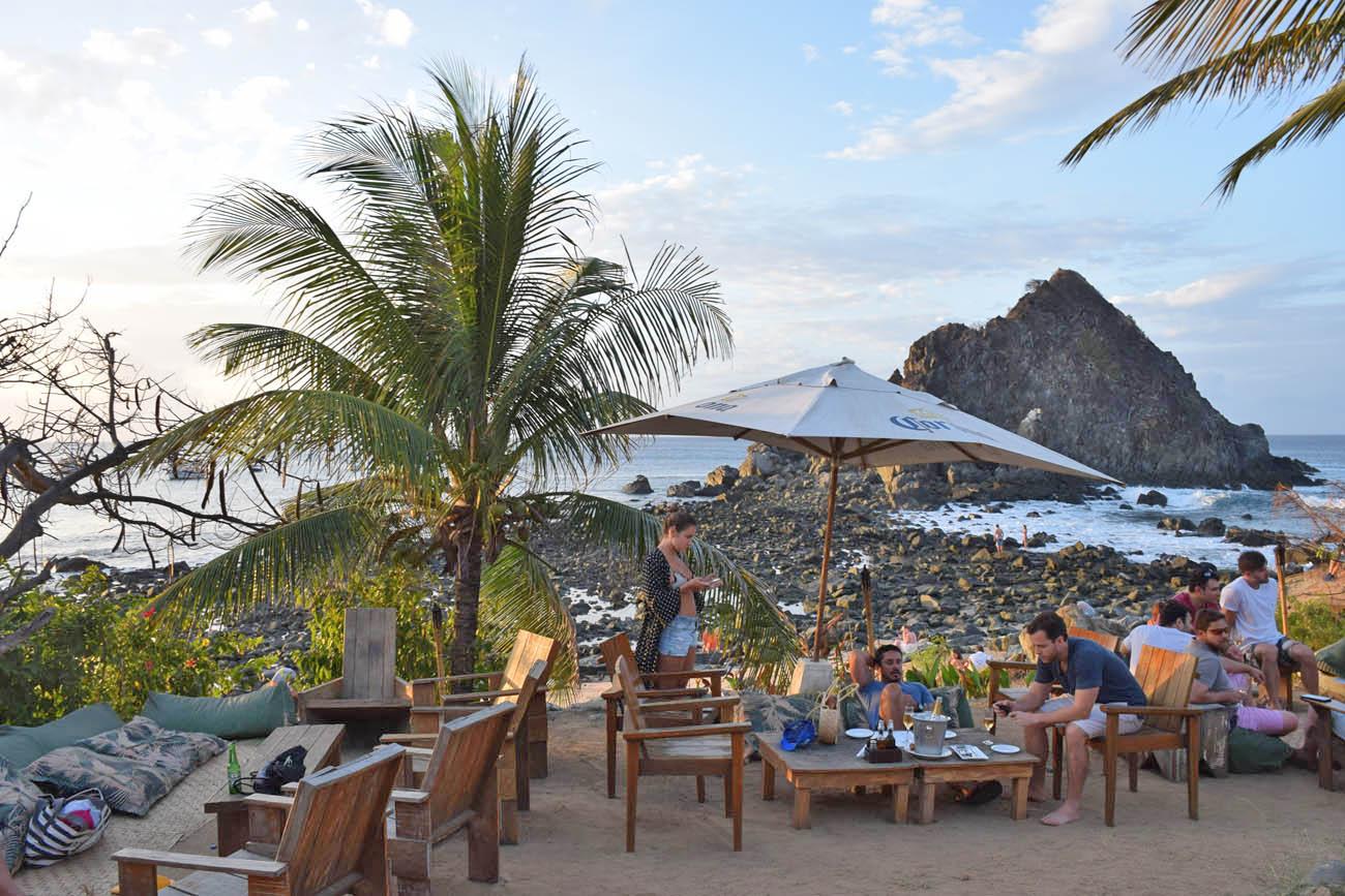 Bar do Meio Fernando de Noronha por do sol