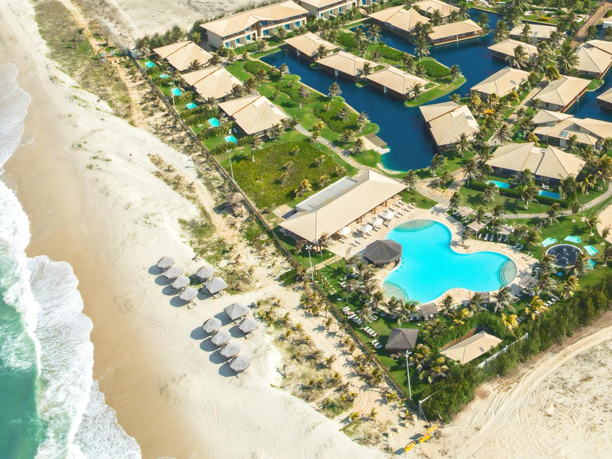 hotel dom pedro laguna ceara aquiraz vista aerea