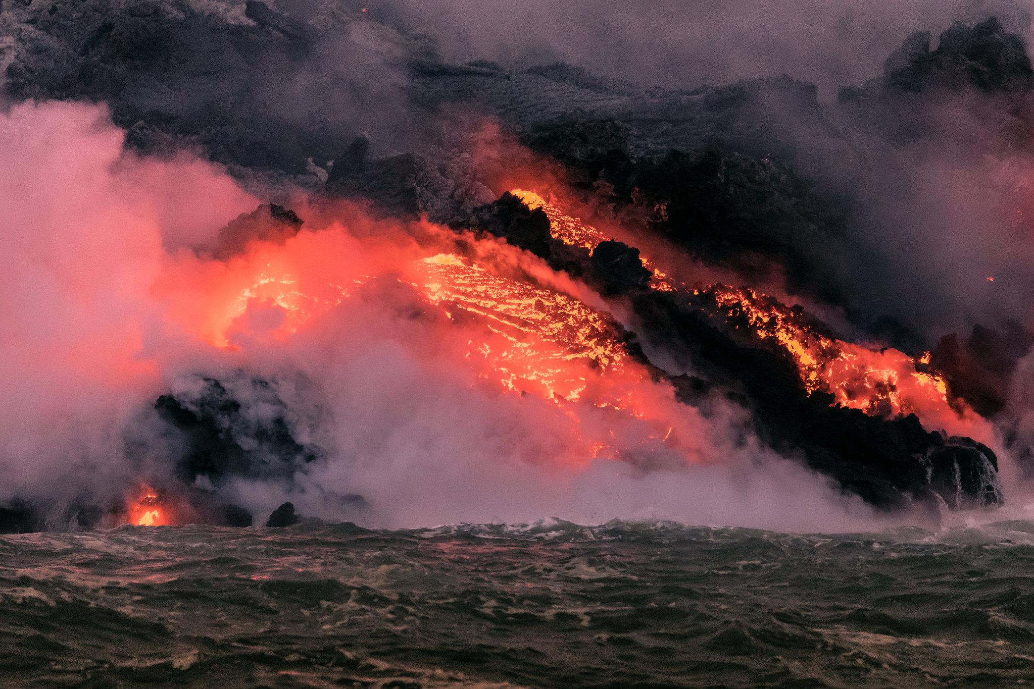 Kilauea Volcano - Big Island - Hawaii - lava from the sea