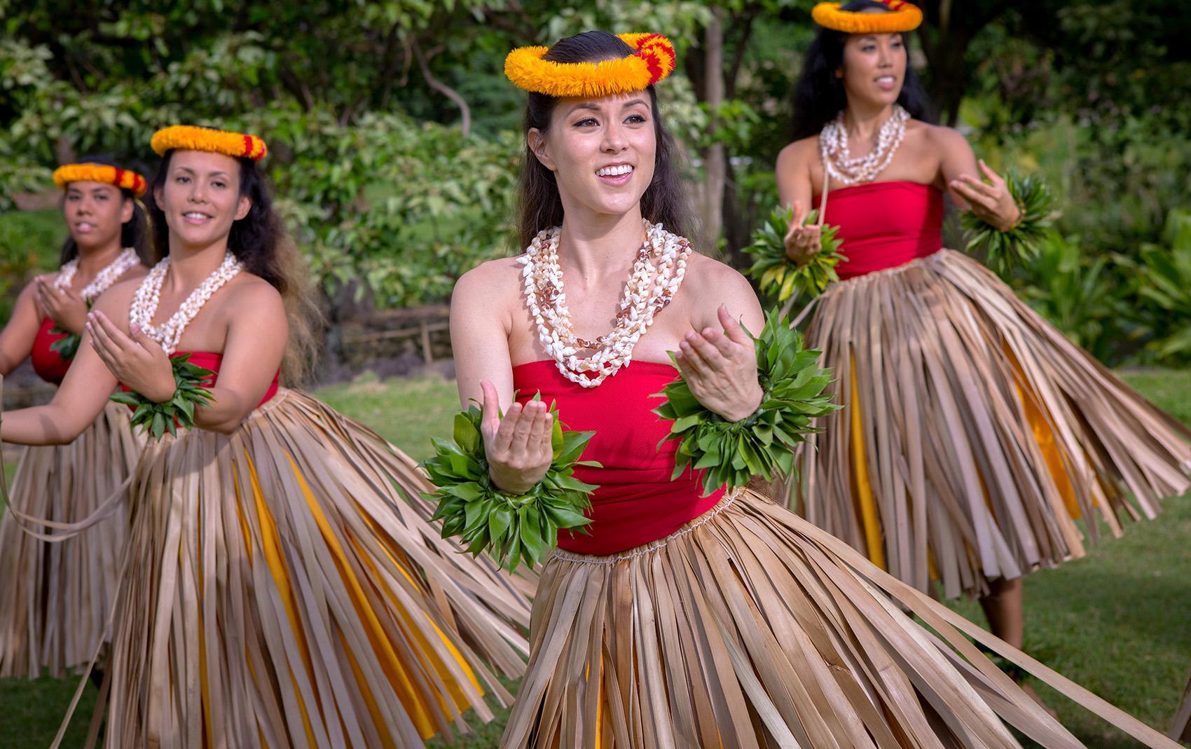 hula dancing hawaii