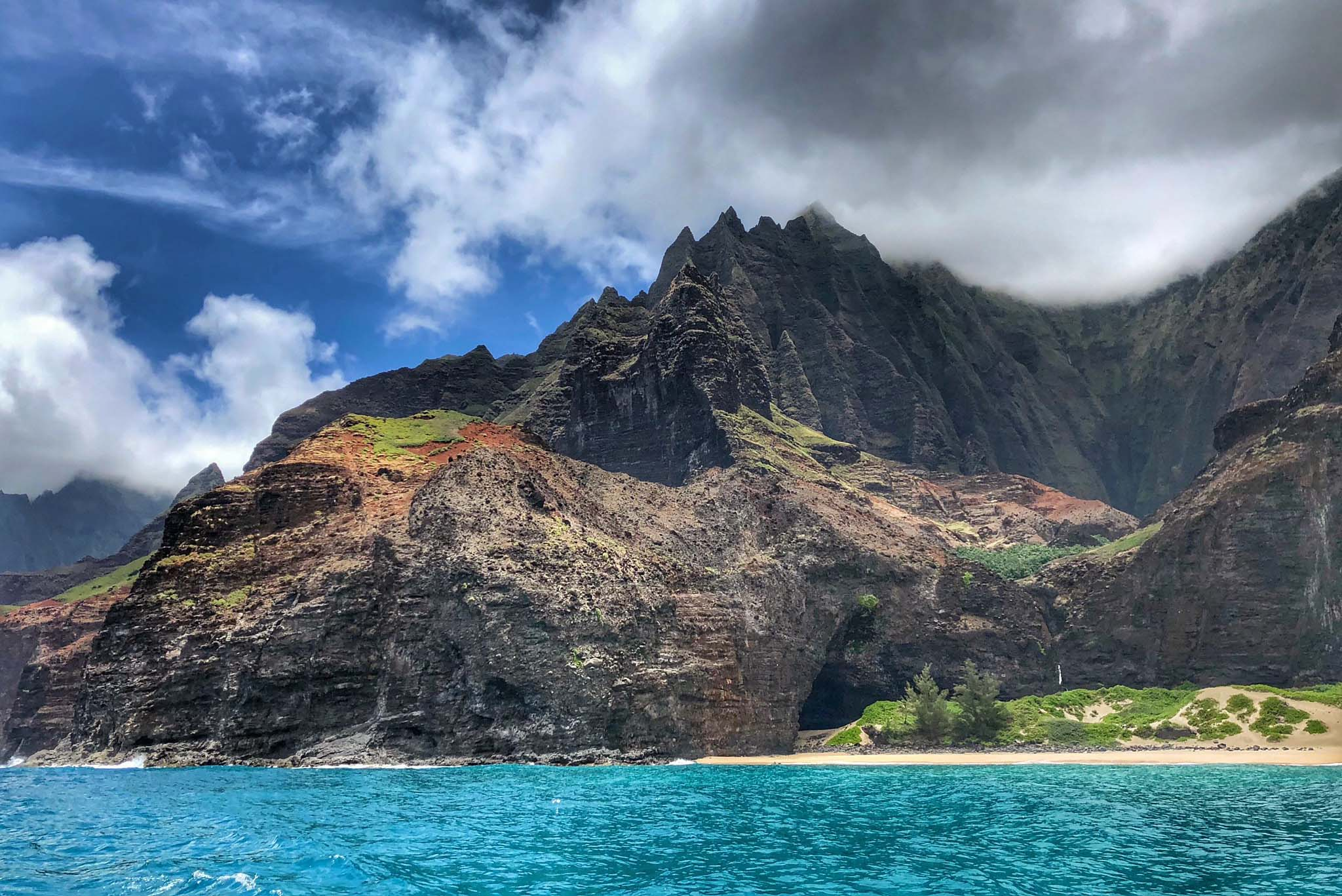 na pali coast kauai from sea