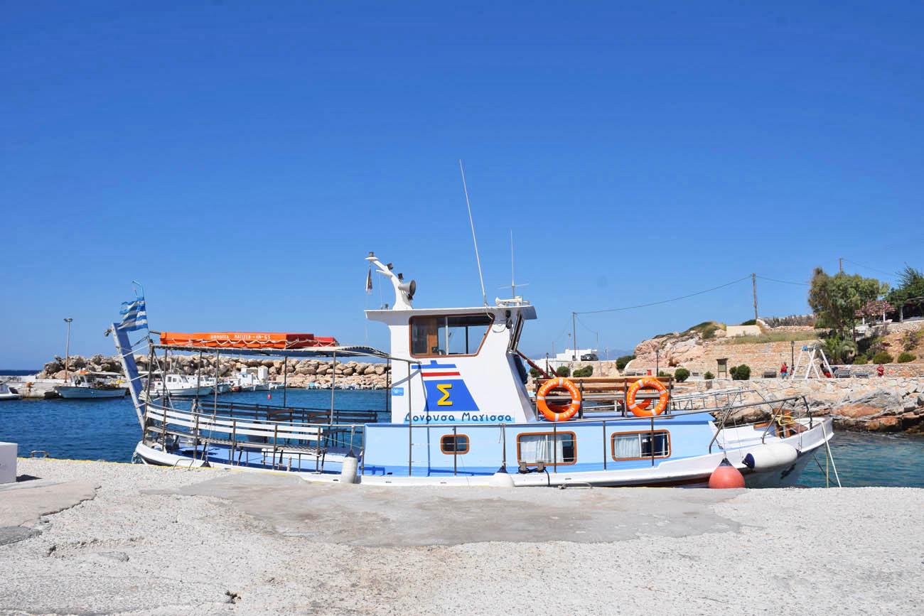 Como se locomover em Donoussa - passeio de barco