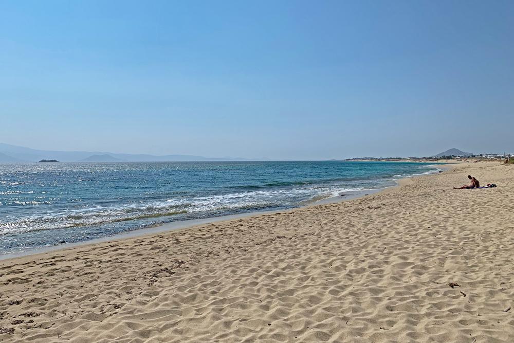 Plaka Beach Naxos - melhores praias de Naxos