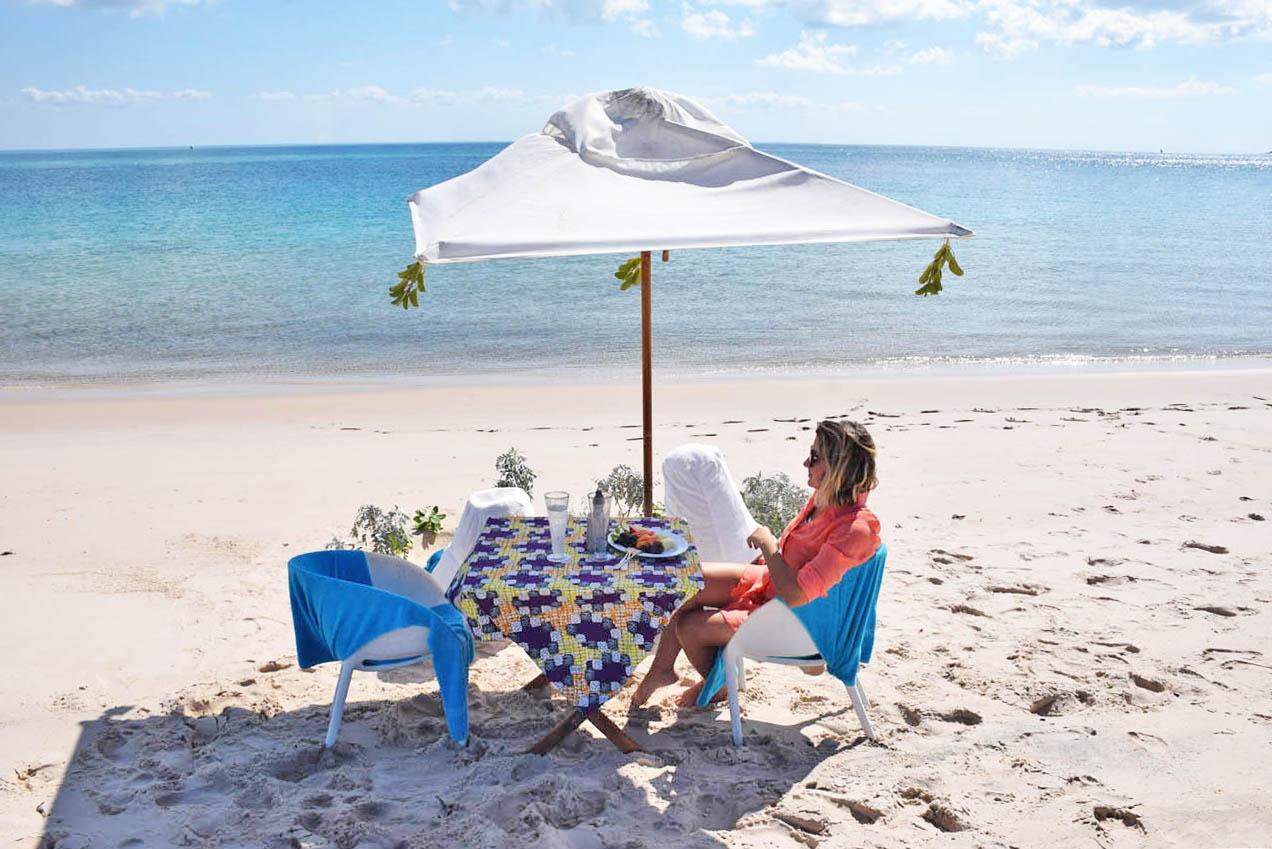 Azura Benguerra Island Hopping picnic