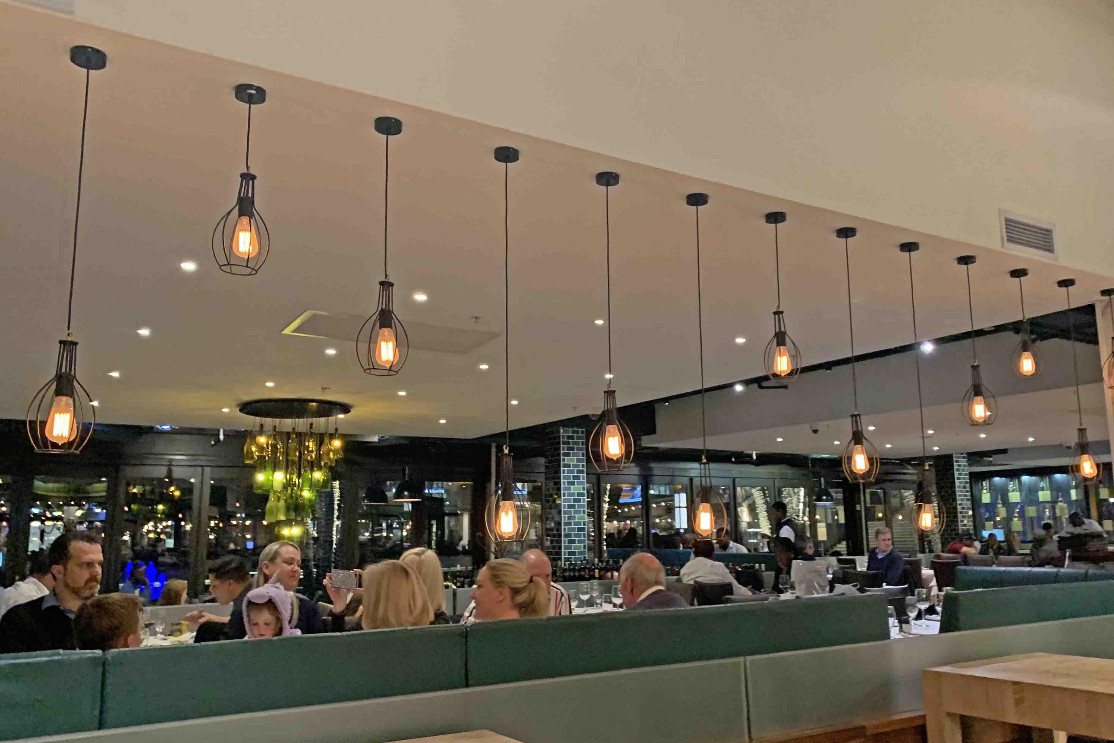 Dicas de restaurantes em Joanesburgo - onde comer - The Butcher Shop - Nelson Mandela Square